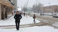 DOĞALGAZ - Kar Ve Tipinin Etkili Olduğu Doğu Anadolu'da Yollar Ulaşıma Kapandı