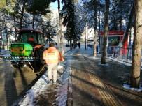 Karlı Ve Buzlu Yollar Buz Çözücü Solüsyon Maddesi İle Açıyor