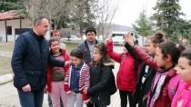 SEYİT ONBAŞI - Köy Çocuklarını 'Güreş'le Okullu Yaptı