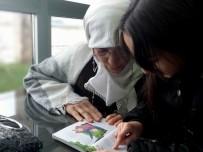 HARUN SARıFAKıOĞULLARı - Nineler Ve Torunları Okuma Etkinliğinde Bir Araya Geldi