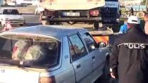 HÜSEYIN YıLMAZ - Şanlıurfa'da Minibüs İle Otomobil Çarpıştı Açıklaması 5 Yaralı