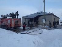 BÜYÜKŞEHİR BELEDİYESİ - Saray'da Ev Yangını