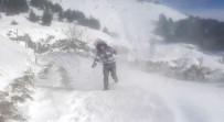 Sincik İlçesinde Kar Yerini Tipiye Bıraktı