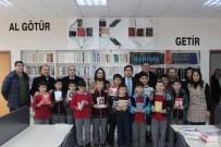 Şuhut Kaymakamlığı'ndan Okullara 5 Bin Kitap Desteği