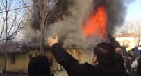 Suriyelilerin Kaldığı Ev Alev Alev Yandı