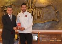 MEHMETÇİK VAKFI - Taha Akgül'e TSK Mehmetçik Vakfı'ndan Bronz Madalya