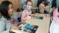 ROBOTLAR - Başkan Can'dan Çocuklara 'Pıtırcık Bilim Ve Robotlar' Dergisi