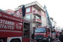 TAŞDELEN - Çekmeköy'de Binanın Çatısında Çıkan Yangın Paniğe Neden Oldu