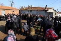 Cinayete Kurban Giden Kübra Son Yolculuğuna Uğurlandı