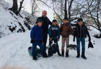 UZMAN ÇAVUŞ - Dağlıca'da Karne Heyecanı