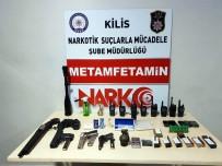 El Bombası Telsiz, Silah İle Uyuşturucu Madde Ele Geçirildi