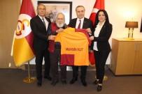 GALATASARAY BAŞKANı - Galatasaray'dan Şampiyona 63 Yıllık Vefa