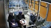 Halk Otobüsü Şoföründen Büyük Fedakarlık