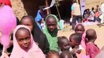 PAMUK ŞEKER - İlk Kez Pamuk Şeker Yiyen Afrikalı Çocukların Mutluluğu