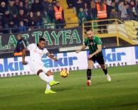 QUARESMA - İlk Yarı Beşiktaş'ın Üstünlüğüyle Bitti