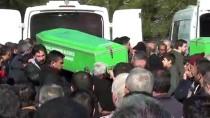 UZMAN ÇAVUŞ - Kazada Ölen Aynı Aileden 5 Kişinin Cenazesi Defnedildi