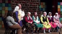 Köylü Kadınlar Sahnede Buluştu