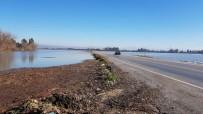 KARAYOLLARI - Osmaniye'de Sel Vuran Köylerde Hasar Tespit Çalışmalarına Başlandı
