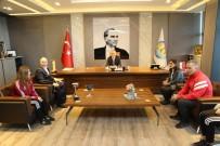 ANADOLU LİSESİ - Şampiyon Takımdan Başkan Tarhan'a Ziyaret