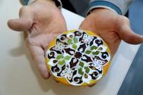 OSMANLı İMPARATORLUĞU - Sedef Kakma Sanatı Ataşehir'de Yaşıyor