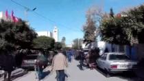 MEMUR - Tunus'ta 700 Bin Memur Greve Gitti