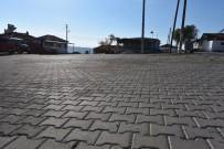 FUTBOL SAHASI - Yunusemre Belediyesinden Karaveliler'e Önemli Hizmet
