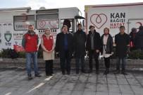 KAN BAĞıŞı - Afyon İHH'nın 'Kan Bağışı' Kampanyasına Gönüllü Gençler Destek Verdi