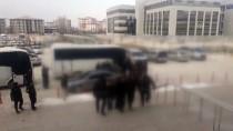 ADLİ KONTROL - Kaçakçılık Operasyonunda 11 Tutuklama