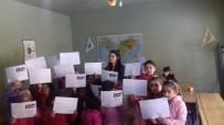Karne Dağıtmak İçin At Sırtında Köy Okuluna Gitti