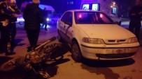 MOTOSİKLET SÜRÜCÜSÜ - Otomobille Çarpışan Motosikletli Yaralandı