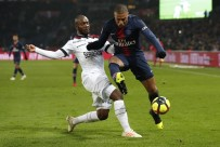 EDINSON CAVANI - PSG'den Guingamp'a 9 Gol