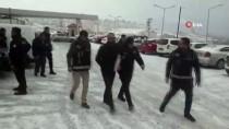 MUHALEFET - Van Merkezli 6 İlde Kaçakçılık Operasyonu Açıklaması 40 Gözaltı