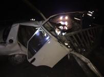 ALIYEV - Çanakkale'de Trafik Kazası Açıklaması 2 Yaralı
