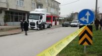 NECATI ÇELIK - Kocaeli'de Kurşunlanan Nakliye Şirketi Müdürü Ağır Yaralandı