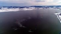 Ladik Gölü Dondu