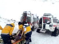 YÜKSEK ATEŞ - Malatya'da Kar Yağışı Etkili Oluyor