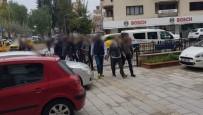 SOĞUCAK - Polisin Baskın Yaptığı Villadan 2'Si Cezaevi Firarisi 3 Kişi Çıktı