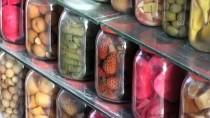 DİYARBAKIR - 45 Yıllık Turşucunun Renkli Dükkanı