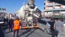 BETON MİKSERİ - Beton Mikserinin Karıştığı Zincirleme Trafik Kazası