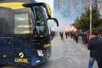 ALPER POTUK - Fenerbahçe'ye Bursa'da Taraftar Morali
