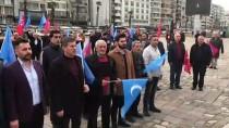 İSTIKLAL MARŞı - İzmir'de Uygur Türklerine Destek Mitingi