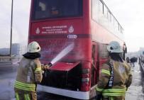 SEYRANTEPE - TEM'de Çift Katlı Otobüs Yandı