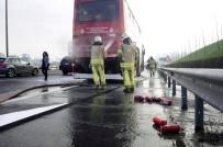 SEYRANTEPE - TEM'de Çift Katlı Otobüste Yangın