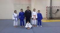 GÜRCISTAN - Acıgöllü Öğrenciler Judoda Uluslararası Derece Elde Etti