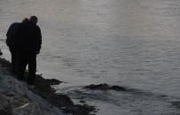 Adana'da Nehirde Erkek Cesedi Bulundu