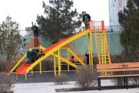 VALİ YARDIMCISI - Afganistan'da Kadınlar Bahçesi İçin Çocuk Oyun Parkı Ve Dinlenme Alanı