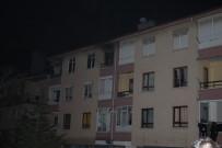 POLİS - Başkent'te Bir Apartmanda Yangın Çıktı Açıklaması 1 Yaralı