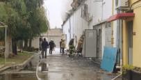 Çiğli'deki Korkutan Fabrika Yangını Kontrol Altında
