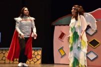 Çocuklar 'Trafikteyim' Adlı Tiyatro Oyunu İle Hem Öğrendi Hem Eğlendi