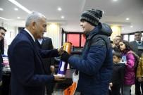 YUSUF ZIYA GÜNAYDıN - Isparta'da 'Karneni Getir, Hediyeyi Götür' Mesaisi